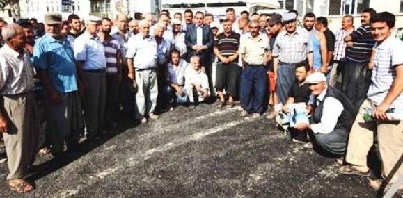 Büyükşehir Belediyesi Tarsus'un Köylerini Asfaltlıyor