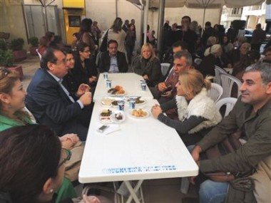 CHP Akdeniz İlçe Kadın Kolları Kermes Düzenledi