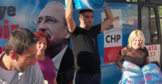 CHP Mezitli İlçe Örgütünden Van'a yardım!
