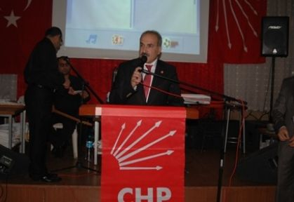 CHP Tarsus İlçe Teşkilatından Dayanışma Yemeği