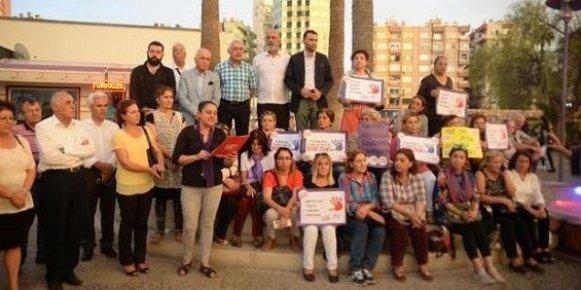 CHP'li Kadınlar Müftülere Nikah Kıyma Yetkisi Verilmesini Protesto Etti