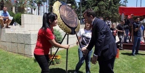 CHP'liler Mersin'de 19 Mayıs'ı Alternatif Tören İle Kutladı.