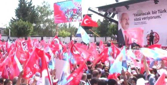 CHP'nin Antalya Mitingi Coşkulu Geçti