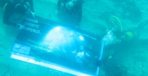 Deniz Altında Kadına Şiddet Kınaması