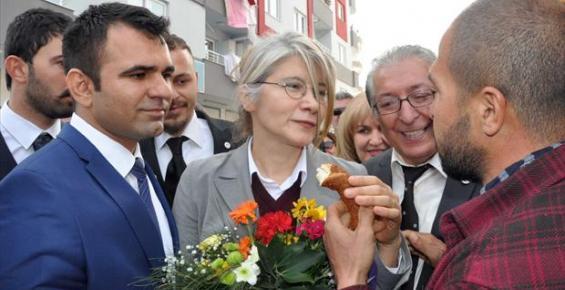 Emine Ülker Tarhan Seçim Çalışmalarını Tarsus'tan Başlattı