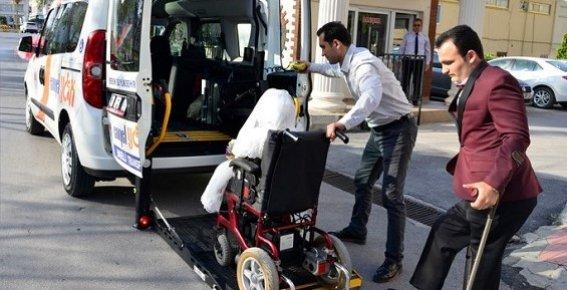 Engelli Çiftin Gelin Arabası Engelli Transfer Aracı Oldu