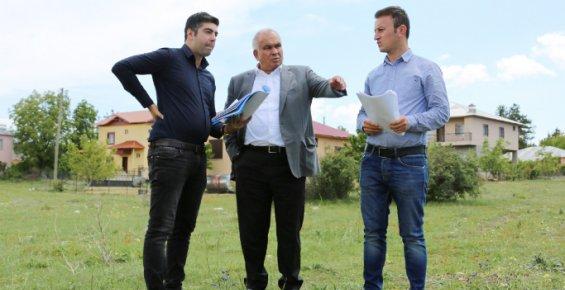 Erdemli Belediyesi, Avgadı Yaylasına Tenis Kortu Yapıyor