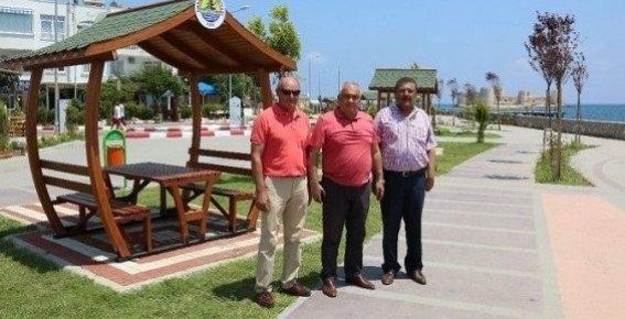 Erdemli Belediyesi Kızkalesi'nde Çalışmalarını Sürdürüyor