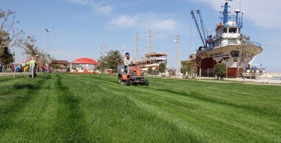 Erdemli Sahil Bandı Parkı Yaza Hazırlanıyor