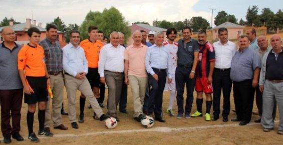 """Erdemli'de """"11. Mahalleler Arası Futbol Turnuvası"""" Başladı"""