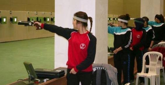 Erdemli'de Atıcılık Poligonu Gençlere Açıldı