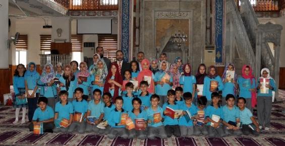 Erdemli'de Çocuklar Camiyle Buluştu