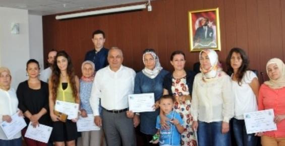 Erdemli'de Girişimci Adayları Sertifikalarını Aldı