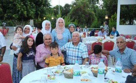 Erdemli'de Hacı Adayları Yemekte Buluştu