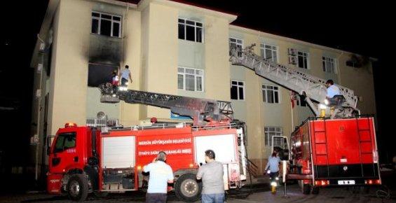 Erdemli'de Okul Yangını