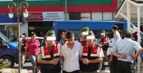 Erdemli'de PKK Propagandası Yaptıkları Gerekçesiyle 7 Kişi Yakalandı