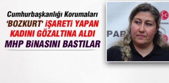 Erdoğan'ı Bozkurt İşareti Yaptı, Gözaltına Alındı