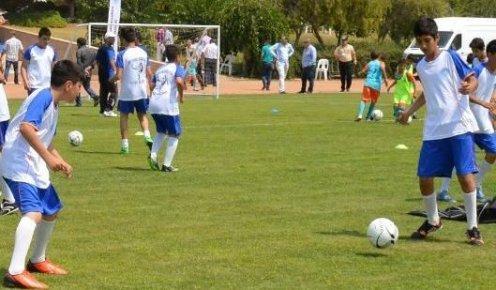 Futbol Akademi Mersin'de Yeni Yıldızları Keşfedecek