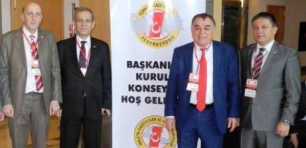 """""""Gazeteci Olmayan Kişiler Cemiyete Üye"""""""