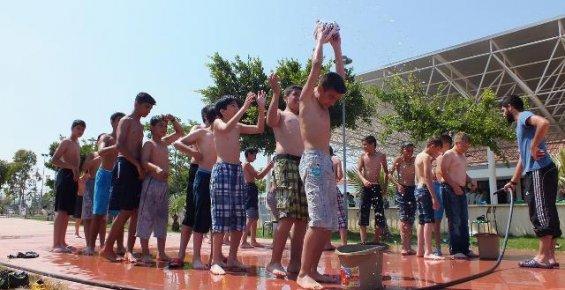 Gençlik Kampları Sayesinde Denizi İlk Kez Gördüler