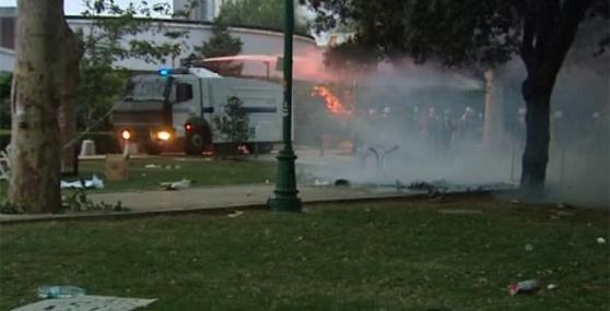 Gezi Parkı'nda yine müdahale !