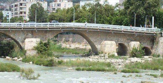Göksu Nehri Üzerine Yapılacak Köprünün Temeli Atılacak.