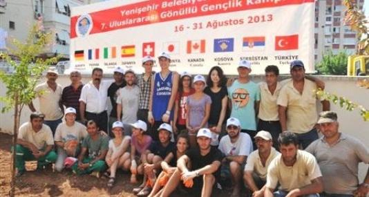 Gönüllü Gençler Yenişehir'de