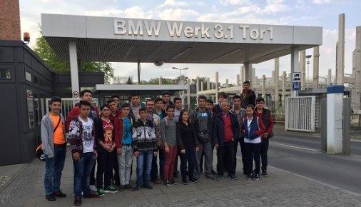 Gözne Çok Proğramlı Öğrencileri Berlin'de