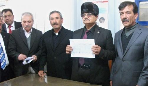 Gülnar Belediye Başkanı Ahmet Günel Mazbatasını Aldı