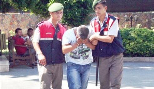 Hırsızlıktan Aranan Şahıs Jandarma Devriyesine Takıldı