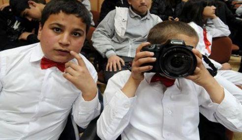 İşitme Engellilere Fotografçılık Eğitimi