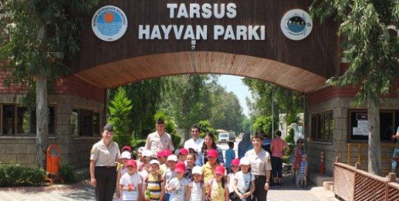 Jandarma, Yayla Çocuklarına Tarsus'u Gezdirdi