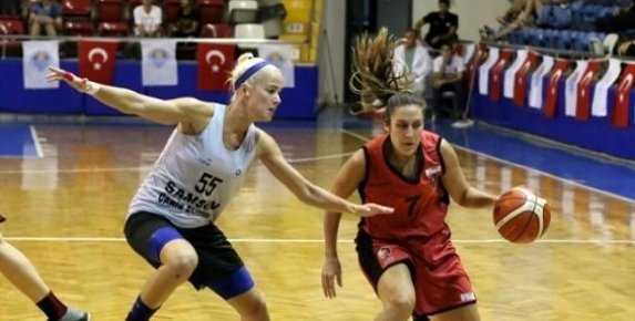 Kadınlar Özgecan Basketbol Turnuvasında Canik Belediyespor Şampiyon