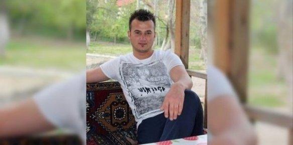 Kavgada Bıçaklanan Belediye Çalışanı Hayatını Kaybetti