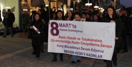 Kesk Üyesi Kadınlar Cinayetleri Protesto Etti