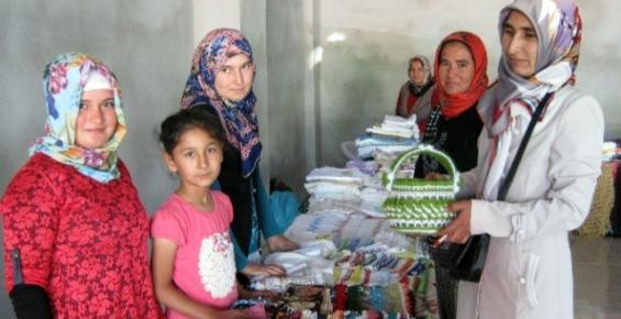 Kız Kur'an Kursları Yararına Kermes
