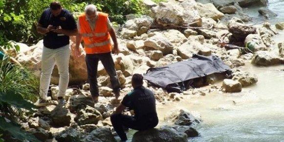 Köprüden Atlayan Gencin Cesedi Bulundu