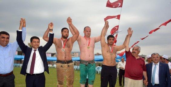 Kozan'da İsmet Atlı anısına güreş turnuvası