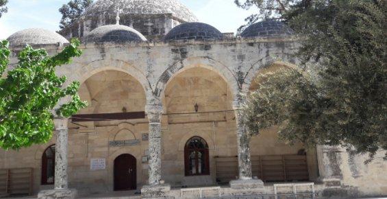 Laal Paşa Camii Ramazan Öncesi Restore İçin Kapandı, Vatandaş Tepkili