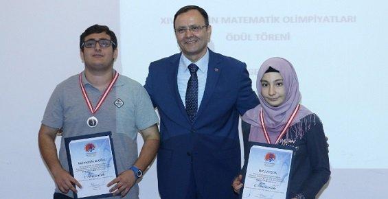 Matematik Olimpiyat Ödülleri Sahiplerini Buldu