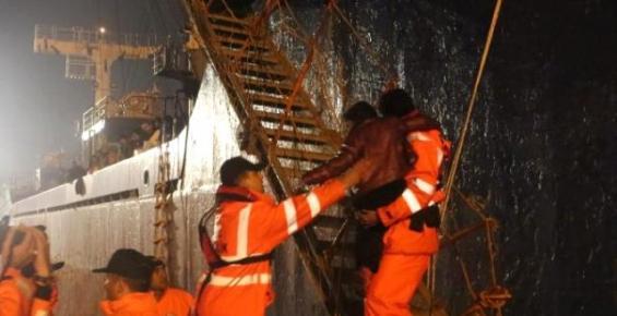 Mersin Açıklarında Yük Gemisi ile İnsan Kaçakçılığı