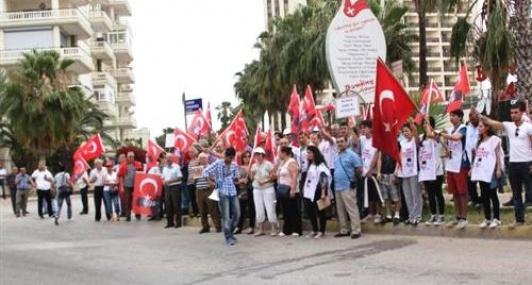 Mersin, Akil İnsanlara Protesto