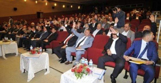 Mersin Büyükşehir Belediye Meclis Toplantısı'nda Gerginlik