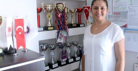 Mersin Büyükşehir Belediyespor Kadın Basketbol Takımı Avrupa'da Play-Off Oynamak İstiyor