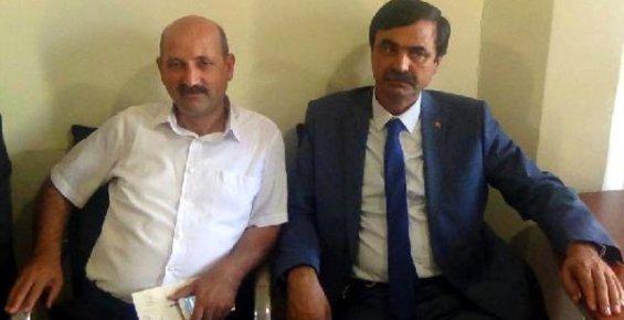 Mersin Büyükşehir'in Meclis Üyeleri Rüşvet Yüzünden Meclisi Protesto Etti.