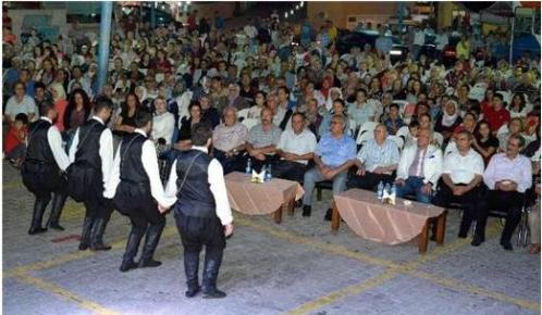 Mersin Büyükşehit Belediyesi'nin Yaz Şenlikleri Sürüyor