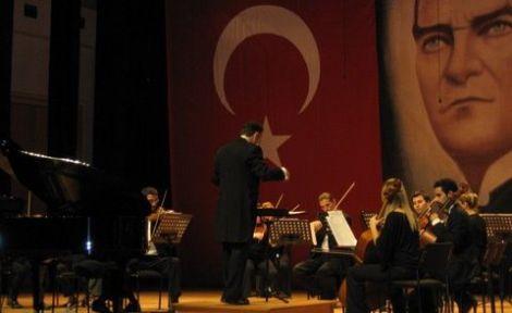 Mersin Devlet Opera ve Balesinden Konser