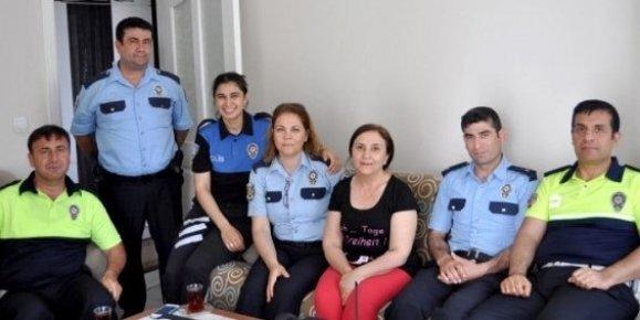 Mersin Emniyet Müdürlüğü Şehit Ailelerini Yalnız Bırakmıyor