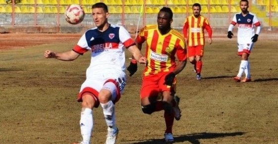 Mersin İdmanyurdu, Malatyaspor'a 2-1 Mağlup Oldu.