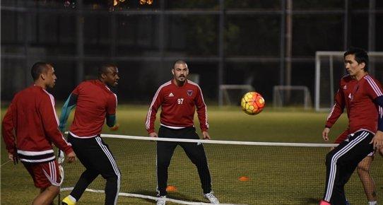 Mersin İdmanyurdu'nda Futbolcular Bireysel Çalıştı